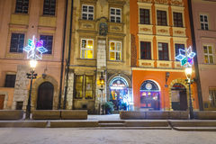 Noc widok mały rynek w Krakow, Polska Zdjęcia Stock
