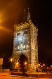 Noc widok na Charles moscie w Praga, republika czech Fotografia Stock