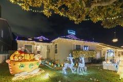 Noc widok piękni boże narodzenia w cukierek trzciny pasie ruchu Obraz Royalty Free
