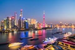 Noc widok Shanghai linia horyzontu Zdjęcie Stock
