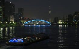 Noc widok Sumida rzeka w Tokio, Japonia Obrazy Stock