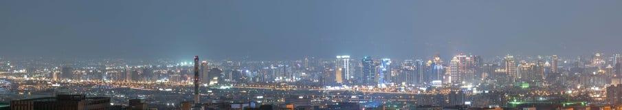Noc widok Taichung miasto zdjęcia royalty free