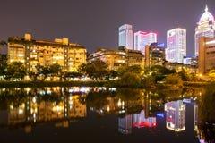 Noc widok Taipei budynki zdjęcia stock