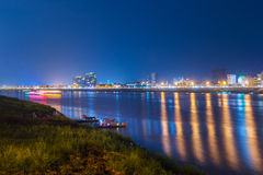 Noc widok w Phnom penh, Kambodża Fotografia Royalty Free