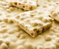Nocciola del briciolo della cioccolata bianca Primo piano Fuoco selettivo fotografia stock