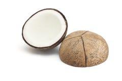 Noce di cocco con la metà isolata Fotografie Stock Libere da Diritti