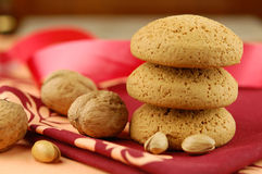 Noce, pistacchio e biscotti fotografia stock