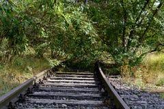 Noch gelegte Eisenbahnlinie Lizenzfreie Stockfotos