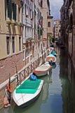 Noch Leben auf Kanal in Venedig Lizenzfreie Stockfotos