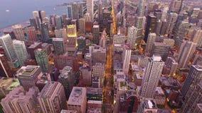 Noche aérea de Illinois Chicago almacen de video