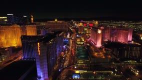 Noche aérea de la tira del paisaje urbano de Las Vegas almacen de video