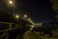 Noche bajo el cielo de bridge Imagen de archivo