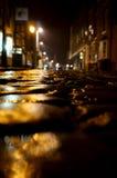 Noche Cobbled A de la calle Imagen de archivo libre de regalías