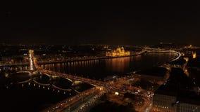 Noche de Budapest de la visión aérea almacen de video