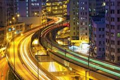 Noche de la carretera del tráfico, Hong Kong Fotos de archivo libres de regalías