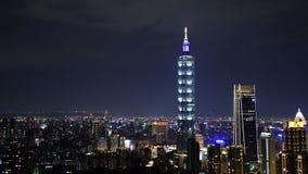 Noche de la ciudad de Taipei, Taiwán almacen de metraje de vídeo