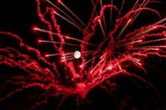 Noche de la Luna Llena con los fuegos artificiales artificiales Fotos de archivo libres de regalías