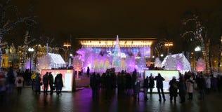 Noche de la Navidad Moscú --- Bosque de la música en viaje del ` del festival del cuadrado de Pushkin al ` de la Navidad, Rusia Fotografía de archivo