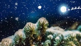 Noche de la Navidad, trineos de Santa Claus y ciervos que vuelan a través del cielo, la tarjeta animada del Año Nuevo stock de ilustración