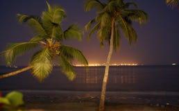 Noche de la playa imagen de archivo