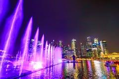 Noche de las fuentes de Singapur Fotografía de archivo