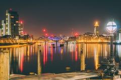 Noche de Londres imagenes de archivo