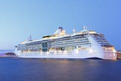 Noche del barco de cruceros Fotografía de archivo