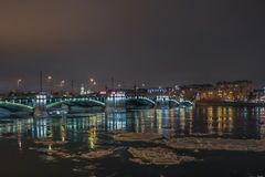 Noche del invierno en la ciudad Imagen de archivo