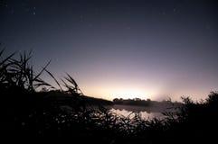 Noche del lago Fotos de archivo libres de regalías