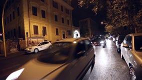 Noche del tráfico de Roma almacen de metraje de vídeo