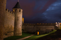 Noche en el castillo de Carcasona Fotos de archivo libres de regalías