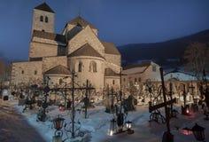 Noche en el cementerio Imagen de archivo libre de regalías