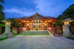 Noche en la capilla de Naminoue en Naha, Okinawa, Japón foto de archivo libre de regalías