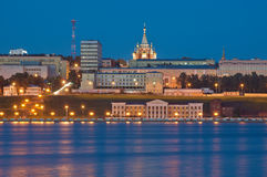 Noche Izhevsk, terraplén Foto de archivo libre de regalías