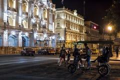 Noche magnífica La Habana de Inglaterra del teatro y del hotel Fotografía de archivo