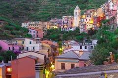 Noche Manarola, Cinque Terre, Liguria, Italia Imagenes de archivo