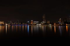 Noche Singapur Fotografía de archivo libre de regalías