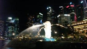 Noche Singapur del horizonte Imagen de archivo