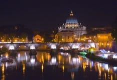 Noche Vatican foto de archivo