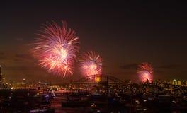 Noche Vieja de Sydney de los fuegos artificiales 2013 foto de archivo libre de regalías