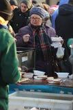 Nochebuena para pobre y sin hogar en la plaza principal en Cracovia Cada año el grupo Kosciuszko prepara la víspera más grande de Imagen de archivo libre de regalías
