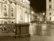 Noches blancas en St Petersburg Ermita del estado, imagen blanco y negro Foto de archivo libre de regalías