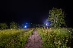 Nocne niebo nad wiejskim krajobrazem Pięknej nocy gwiaździsty niebo, Azerbejdżan Zdjęcia Stock