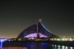 Nocturne do hotel da praia Imagem de Stock