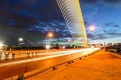Nocy światło przy Ramy 8 mostem Obraz Stock