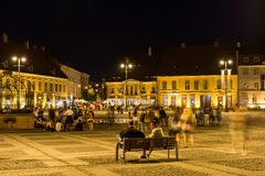 Nocy życie W Sibiu Dziejowym centrum Obraz Royalty Free