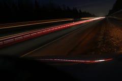Nocy droga i lekkie linie Zdjęcia Stock