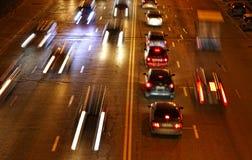 Nocy drogowy ruch drogowy Zdjęcia Stock