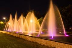 Nocy fontanna Zdjęcia Royalty Free