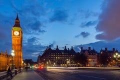 Nocy fotografia domy parlament z Big Ben od Westminister mosta, Londyn, Anglia, Wielki b Fotografia Stock